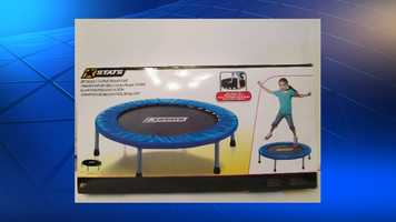 "Stats' 38"" quick-folding trampoline"