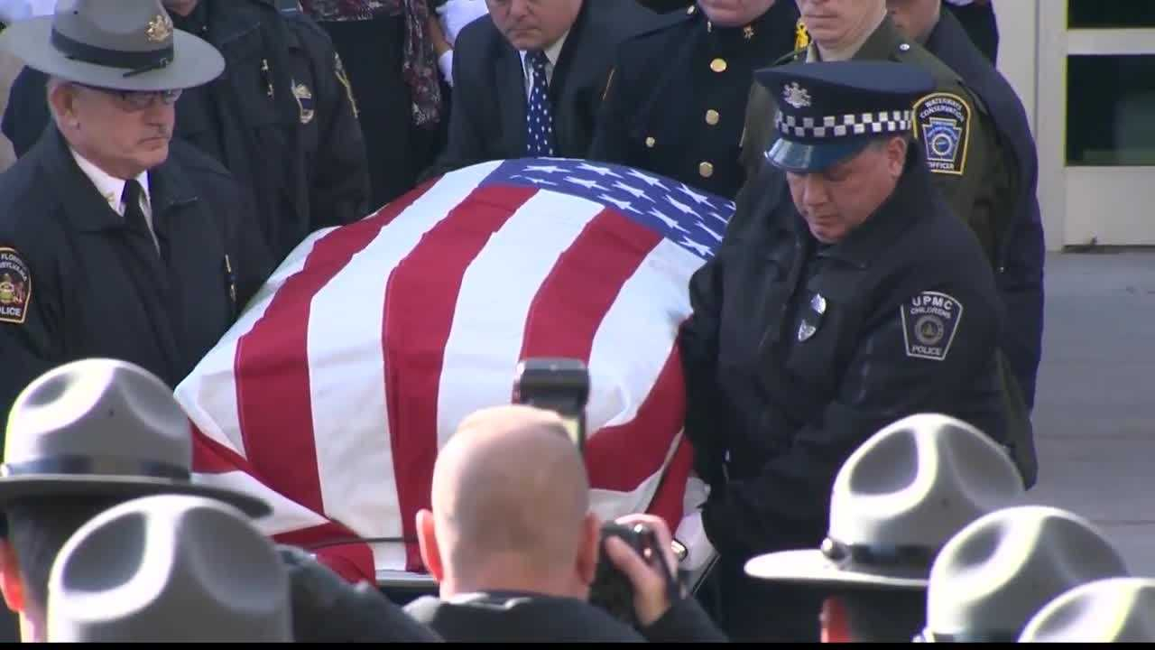 img-Fallen officer Lloyd Reed laid to rest