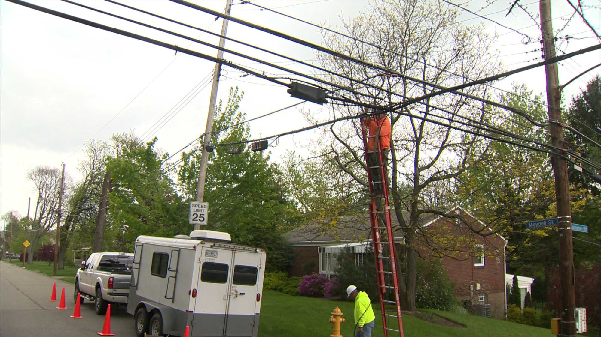 power lines repairs