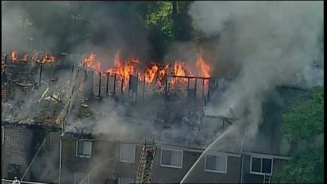 Including Children Homeless After Fierce Flames Race - Duquesne place apartments