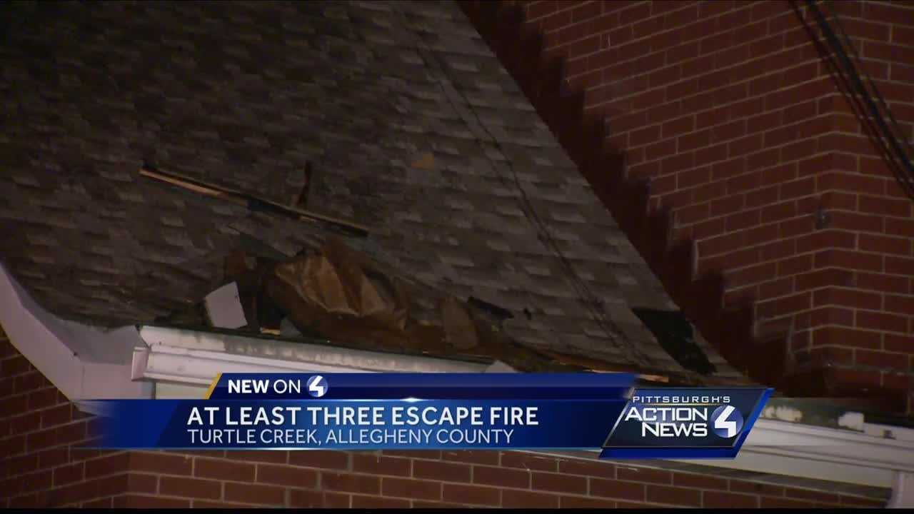 Three people escape fire in Turtle Creek