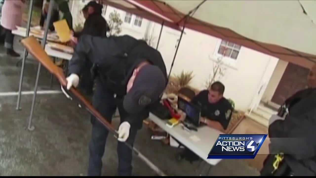 img-Abiding Ministries ex-con lead gun buyback effort in city s Knoxville nieghborhood