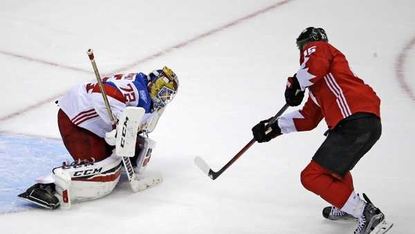 Team Canada's Ryan Getzlaf (15) gets the game-winning overtime goal past Team Russia goalie Sergei Bobrovsky (72) during a World Cup of Hockey 2016 exhibition game in Pittsburgh Wednesday, Sept. 14, 2016.