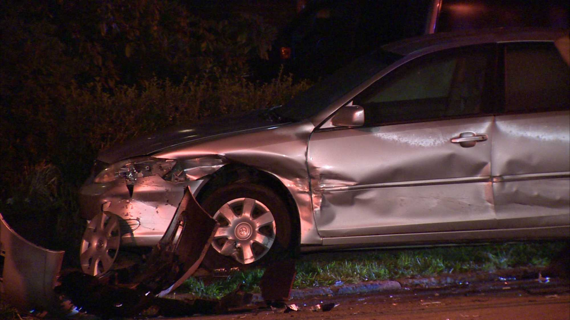 img-Parked vehicles struck in Squirrel Hill South