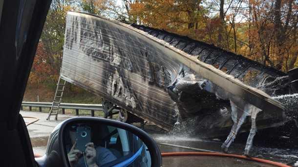 truck-fire1.jpg