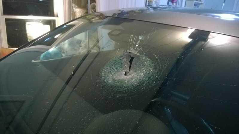 img-Rocks thrown at vehicles along Interstate 376