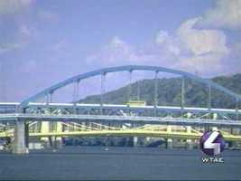 The Fort Duquesne Bridge in Turquoise? Is this a good color?