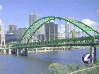 The Fort Pitt Bridge looking dapper in bright green.
