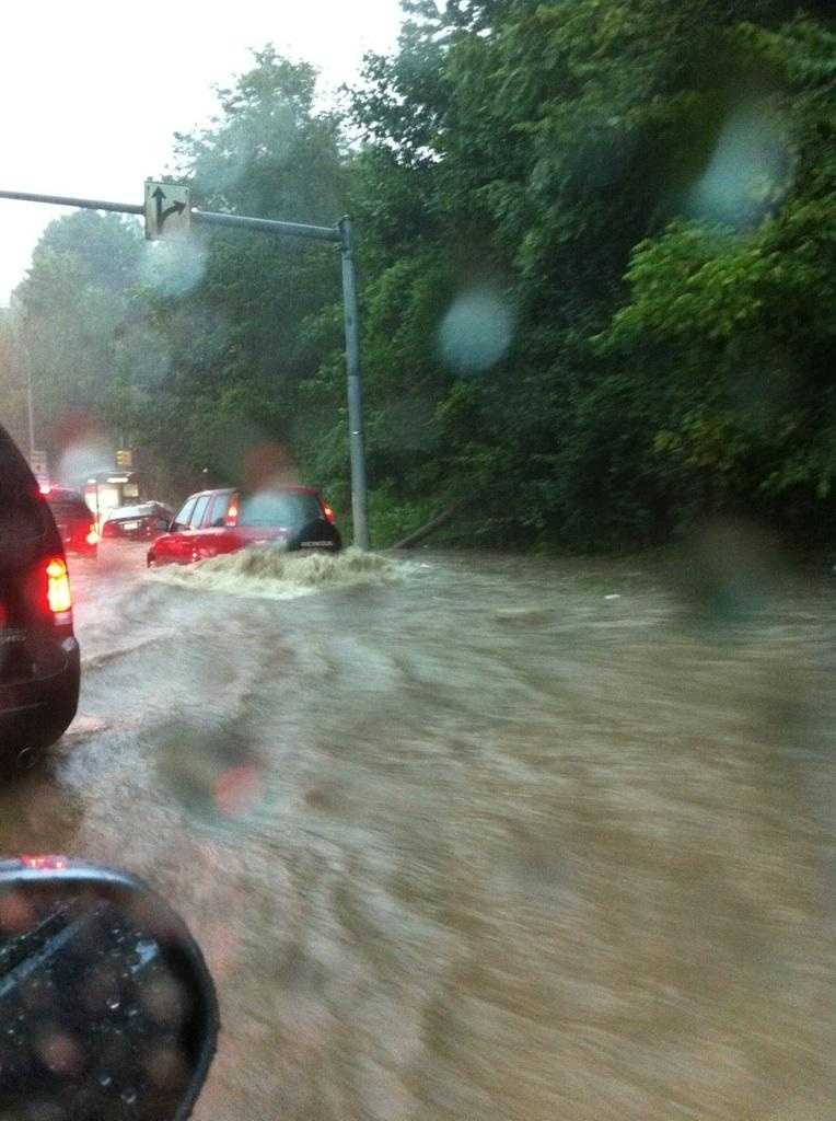 Witness photos sent to WTAE.com during the height of the storm show the rising wateron Washington Boulevard.