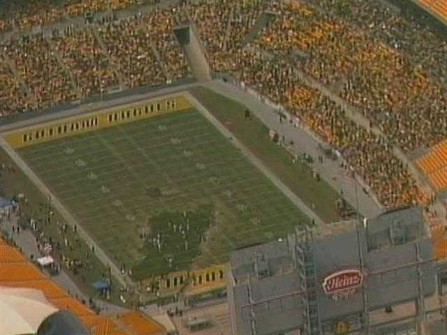 Instead of a Steelers Sunday in Pittsburgh, it was a Superhero Saturday. The stadium seats were filled with thousands of movie extras at Heinz Field.