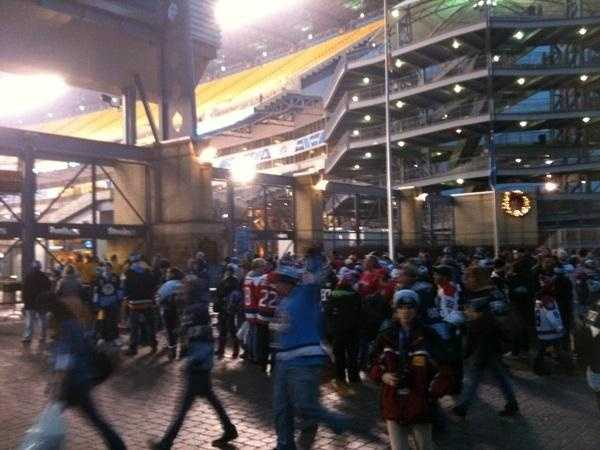 A look at the crowd outside the main gate of Heinz Field hours before the start of the 2011 Winter Classic.
