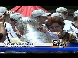 Penguins MVP Evgeni Malkin poured champagne into the Stanley Cup and offered a toast to his parents.