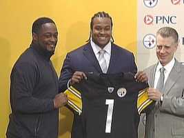 2009: The Steelers chose Ziggy Hood with the No. 32 pick in the first round of the NFL Draft.