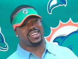 March 7, 2007: Joey Porter trades his black and gold for aquamarine and orange, signing with the Dolphins. He played three seasons for Miami and two more for the Arizona Cardinals before retiring from the NFL.