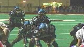 Woodland Hills quarterback Steve Breaston