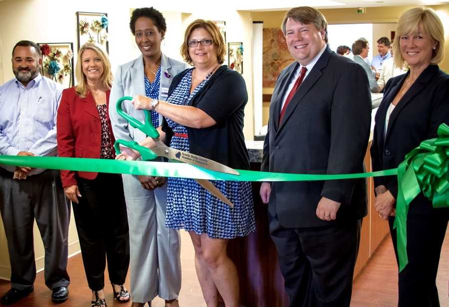 VITAS Healthcare celebrates the grand opening of its state-of-the-art IPU at Shelby Baptist Medical Center with official ribbon-cutting ceremony. From left to right, Alabaster City Manager George Henry, State Representative 49th District April Weaver, VITAS General Manager Erica Edwards-Lankford,VITAS Vice President of Operations Jennifer Nygaard, State Representative 73rd DistrictMatt Fridy and VITAS Executive Vice PresidentPeggy Pettit.