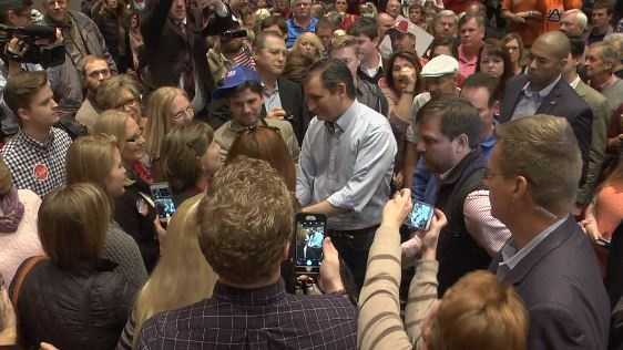 GOP presidential candidate Ted Cruz drew a large crowd at the Trussville Civic Center on Sunday in an attempt to woo Alabama voters.