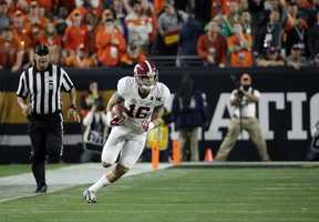 Alabama's Richard Mullaney (16) runs during the first half of the NCAA college football playoff championship game against Clemson, Monday, Jan. 11, 2016, in Glendale, Ariz.