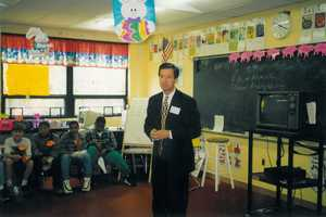 Ken Lass appears at Adamsville School for Awesome Author Day -- April 23, 1998.