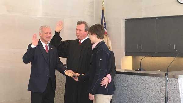 Bill Veitch is sworn in as Jefferson County District Attorney, Bessemer Cutoff