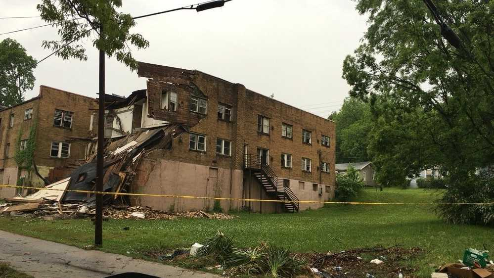 WVTM Portion of vacant building collapsed.jpg