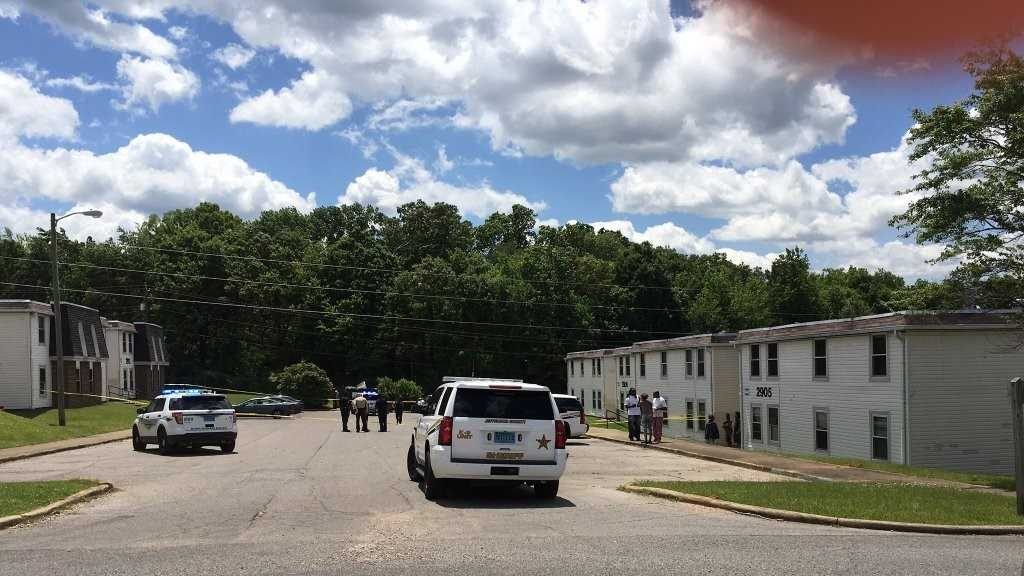 Valley Brook apartment shooting.jpg
