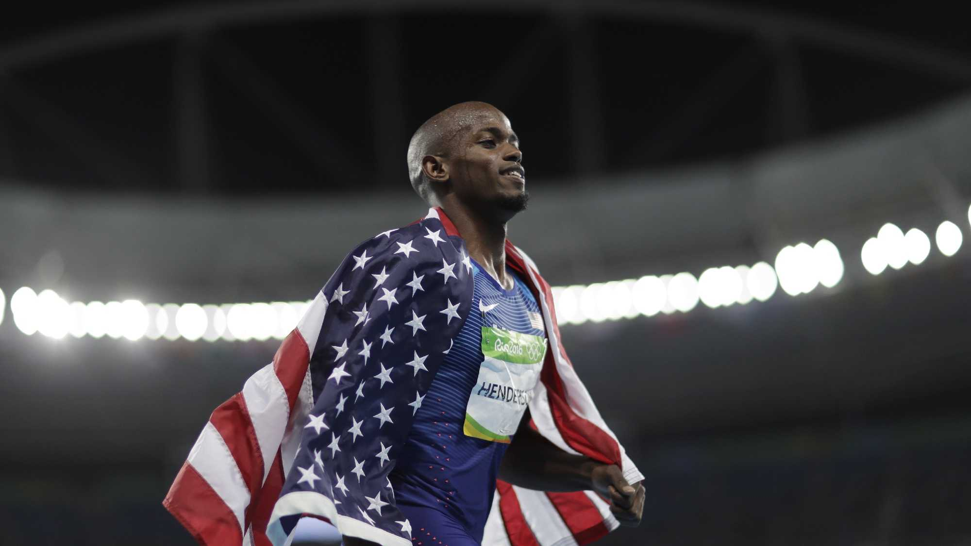 Jeff Henderson of the United States overtook Luvo Manyonga of South Africa on his last jump to win the Olympic long jump gold medal.