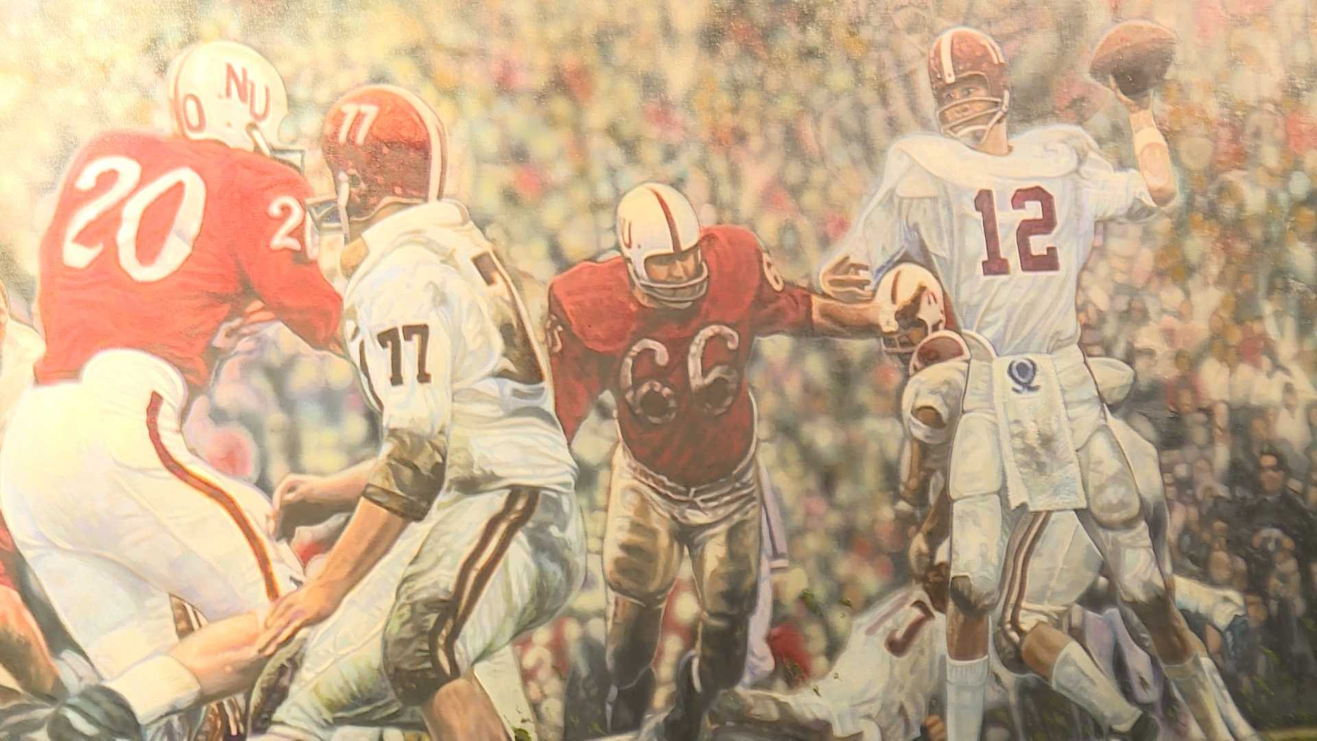 A painting of legendary Alabama quarterback Kenny Stabler was unveiled at Bryant Museum on Saturday, a little more than a year after his death.