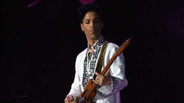 one-named celebs - Prince