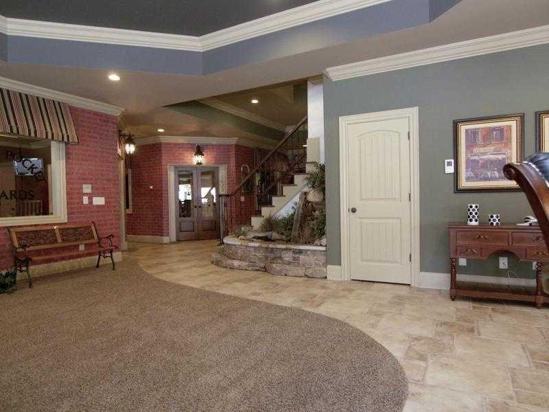 Billard Room and Home Gym