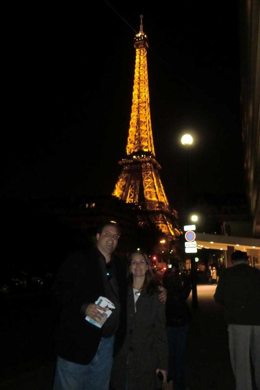The Eiffel Tower at night could make a getaway for your honeymoon. Wedding photos are great in front of these Paris, France venues.