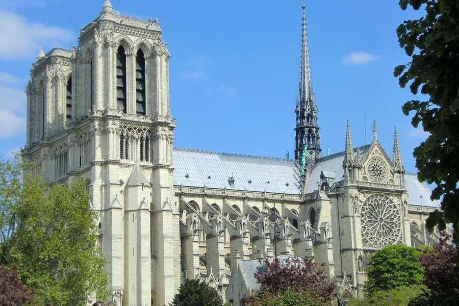 The Notre Dame Cathedral (Our Lady of Paris) in Paris, France is a beautiful place to visit while getting ready for a wedding. All your wedding guests will have several places to visit while in France.