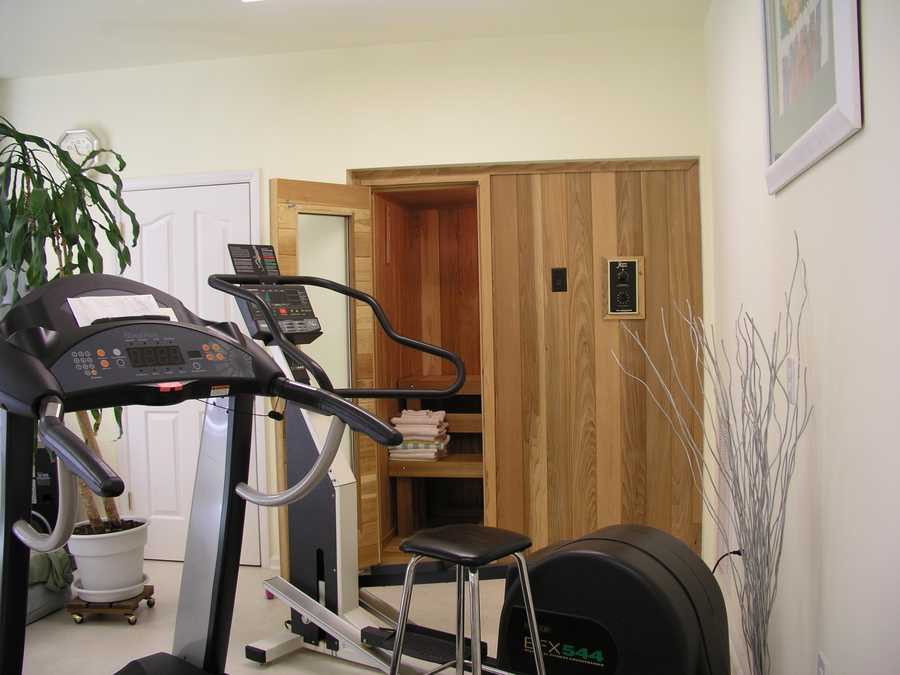 Exercise Room with Sauna