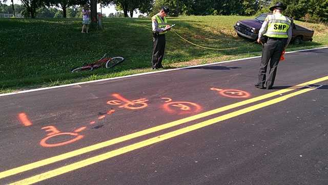 Site of bicycle, vehicle crash (William Bottomley/WXII)