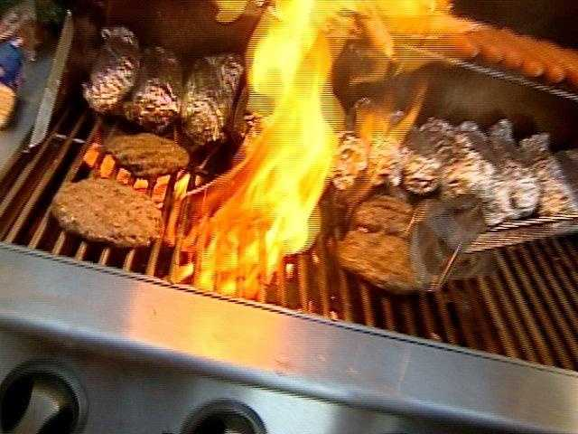 Let's look at some tips to prevent heartburn at your cookout.