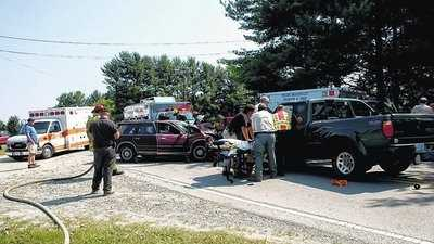 Head-on crash in Mount Airy (Mondee Tilley/Mount Airy News)