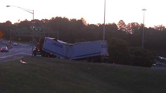 Disabled truck on top of US 52 south ramp to Business 40 east (Arthur Mondale/WXII)