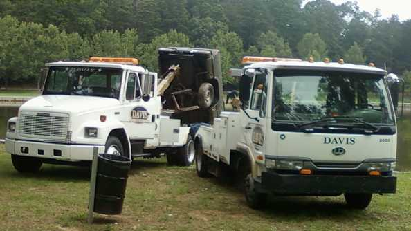 Submerged vehicle recovered from Winston Lake (Doug Miller/WXII)