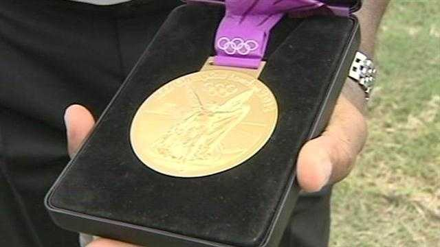 Here's the gold! Congratulations to Chris Paul.