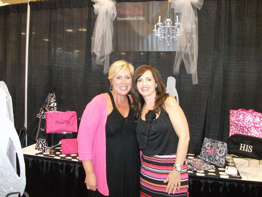 Thirty-One Personalized Gifts had plenty of gifts for the bride, groom and wedding party...