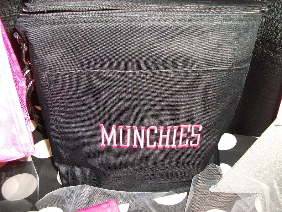 The Muchies bag again for the wedding party...(Thirty-One Personalized Gifts)