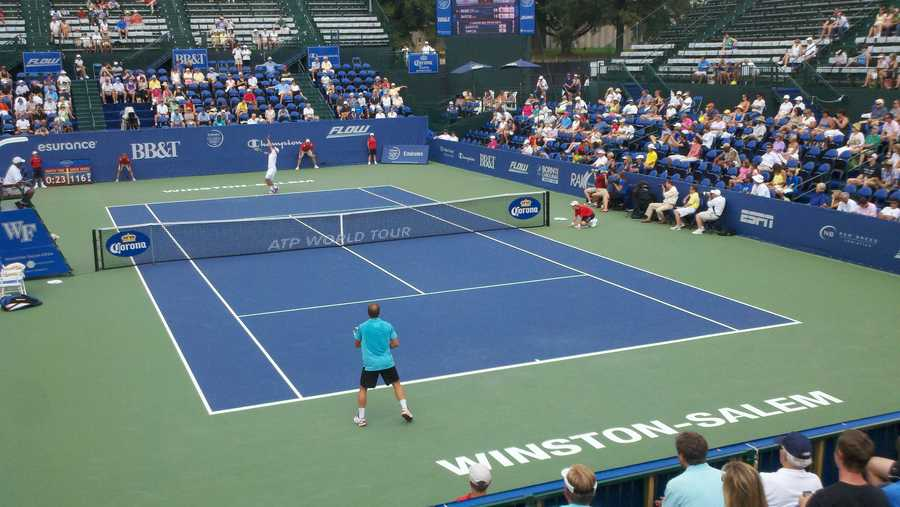 Let's check out some photos of the Winston-Salem open. We'll start with Andy Roddick vs. Steve Darcis (WXII's Rich Cisney)