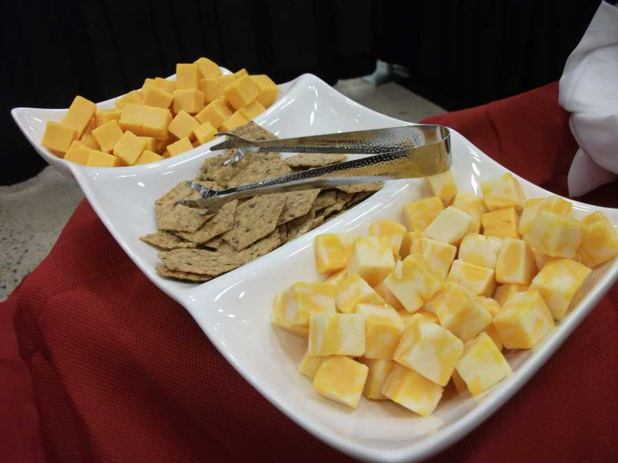 Different cheeses and crackers served up...(Sagebrush Steakhouse)