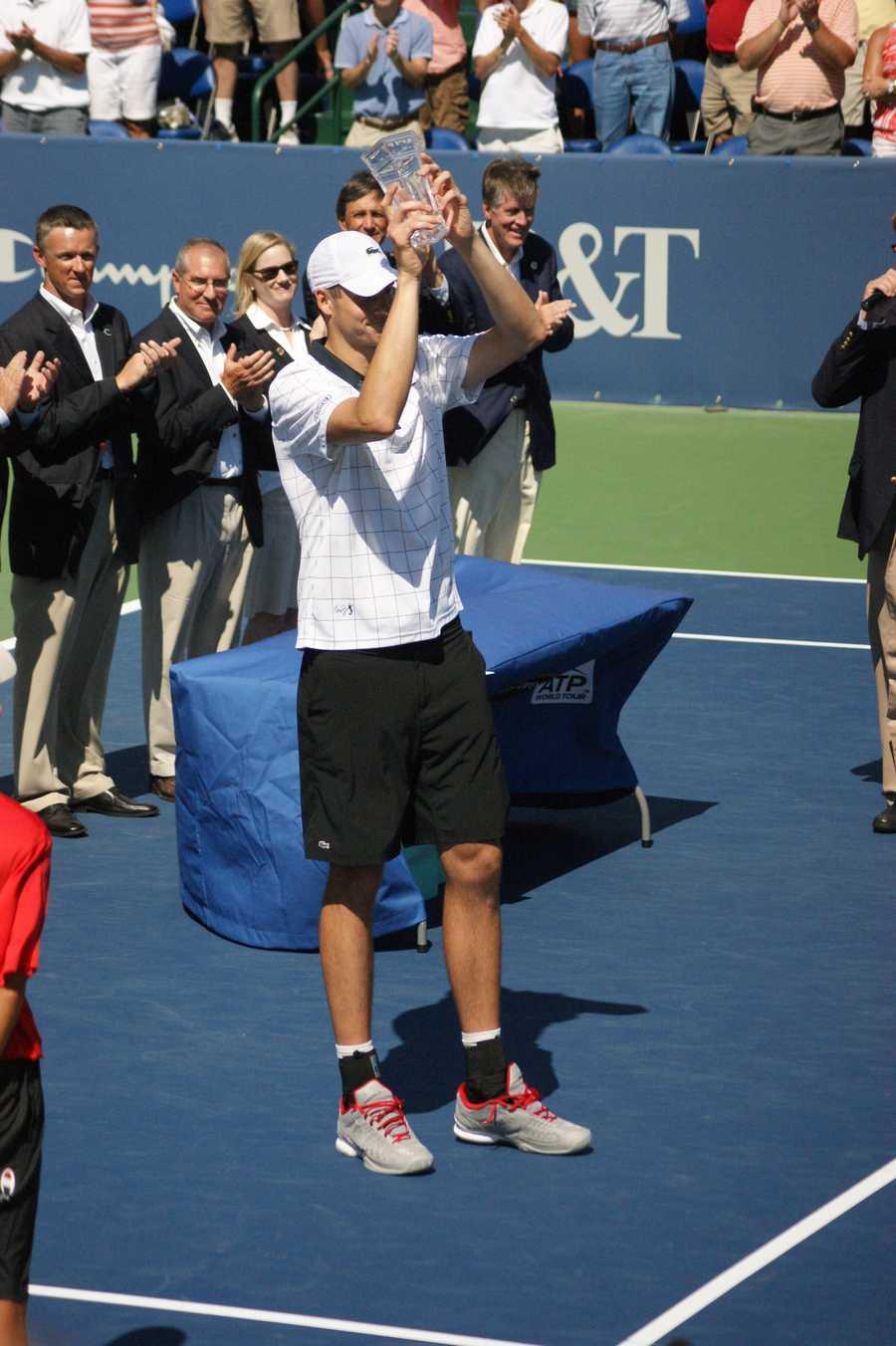 John Isner wins the 2012 Winston-Salem Open - photo by Taresh Moore