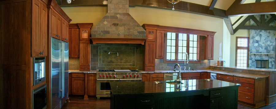 Gourmet Kitchen which features a minstrel's gallery