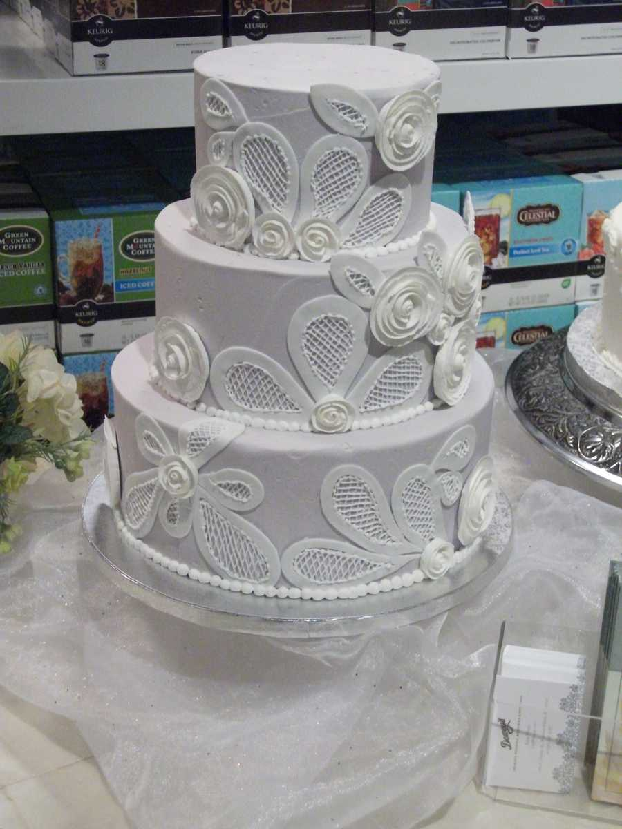 Dewey's Bakery had some beautiful cakes with great tasting samples for couples to decide what design and flavor they may want at their wedding reception.