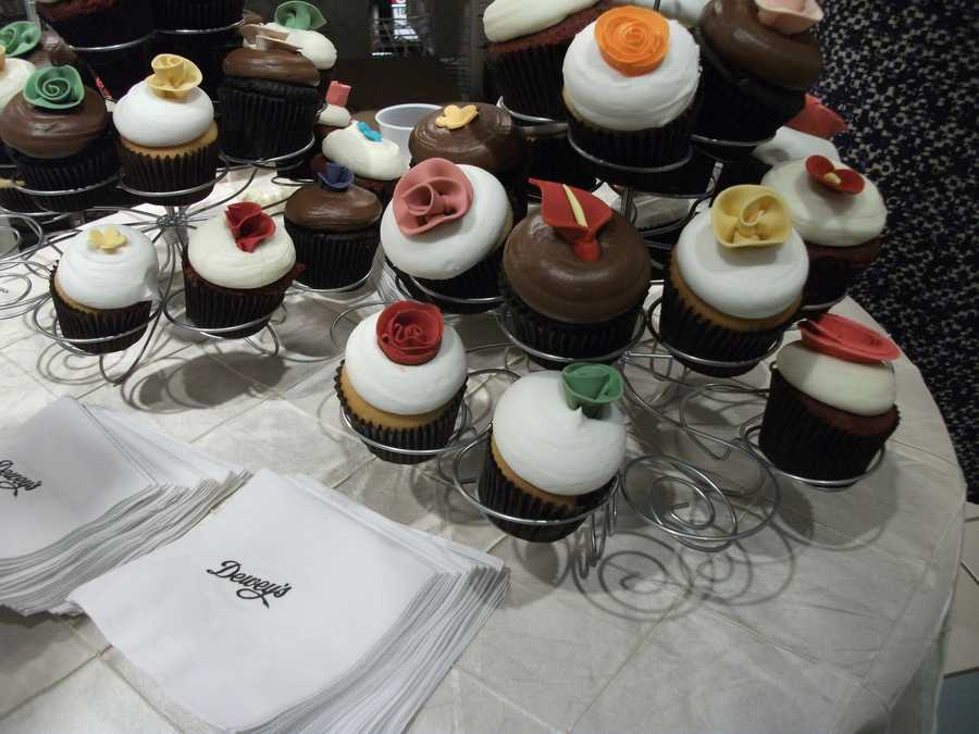 Great tasting test for couples to try out different flavors in each cupcake. (Dewey's Bakery)