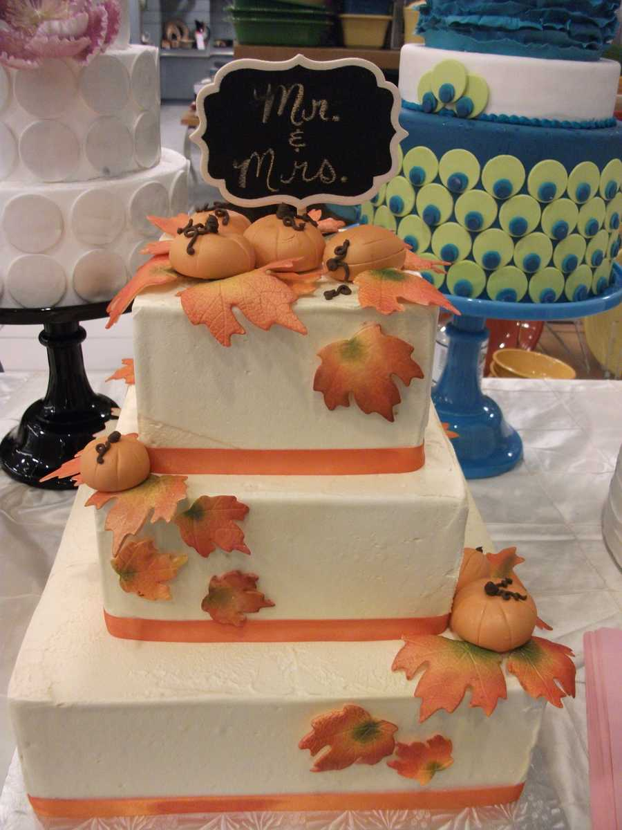 Wedding cake by Cake and All Things Yummy really fits the Fall and Halloween Theme.