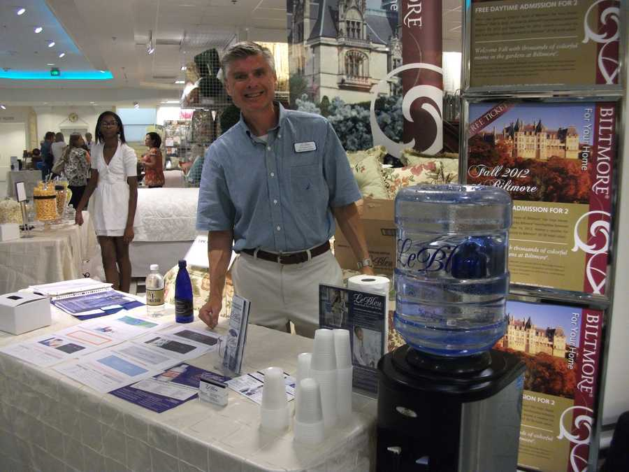 Le Bleu representative was available to talk to couples about bottled water for their reception.