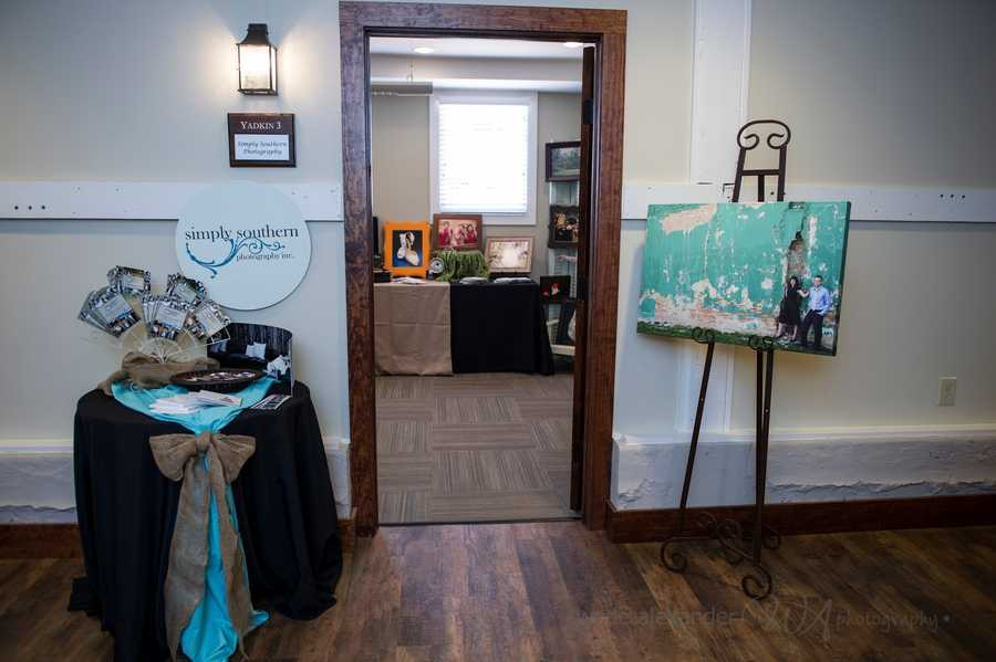 Simply Southern Photography, Inc. had it's own room to talk with couples about what they had to offer.